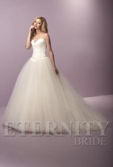 eternity-bridal-d5424-amelias-clitheroe