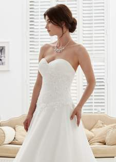 phil-collins-bridal-amelias-clitheroe-pc6955-zoom