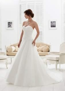 phil-collins-bridal-amelias-clitheroe-pc6955