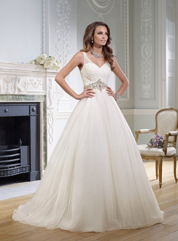Amelias-Bridal-Ronald-Joyce-17719-Graziella-Size-20