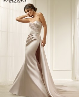 Amelias-Bridal-Ronald-Joyce-Hadley-Size-16