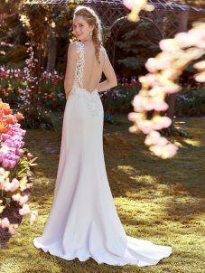 Rebecca-Ingram-Wedding-Dress-Ada-Amelias-Bridal-Clitheroe-Back