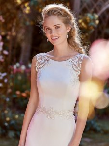 Rebecca-Ingram-Wedding-Dress-Ada-Amelias-Bridal-Clitheroe-Zoom