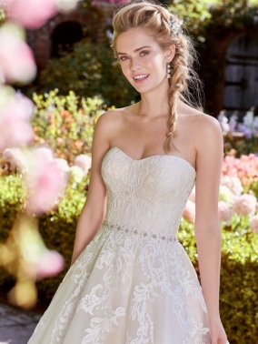 Rebecca-Ingram-Wedding-Dress-Bernice-Amelias-Bridal-Clitheroe-Zoom