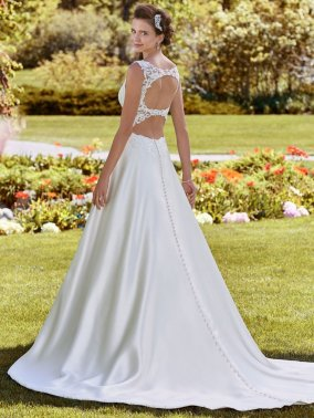 Rebecca-Ingram-Wedding-Dress-Brooke-Amelias-Bridal-Clitheroe-Back