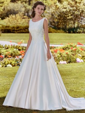Rebecca-Ingram-Wedding-Dress-Brooke-Amelias-Bridal-Clitheroe