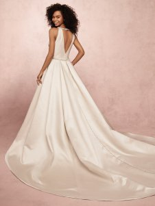 rebecca-ingram-collette-9rc071-main-amelias-bridal-clitheroe-2