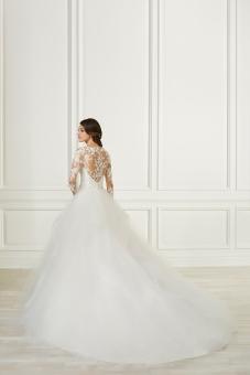 Adrianna Papell-31107-Amelias-Bridal-Clitheroe-Back