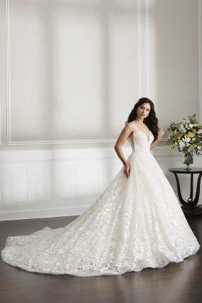 Christina-Wu-15690-Amelias-Bridal-Clitheroe