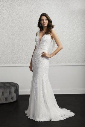 Adrianna-Papell-Amelias-Clitheroe-Wedding-Dresses-Lancashire-AP-40271
