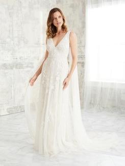 Adrianna-Papell-Amelias-Clitheroe-Wedding-Dresses-Lancashire-AP-40272